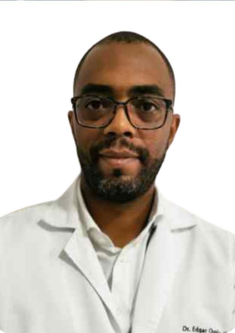Dr. Edgar Garcés